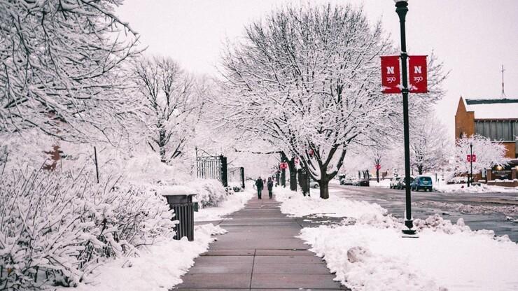 Snow covers UNL campus