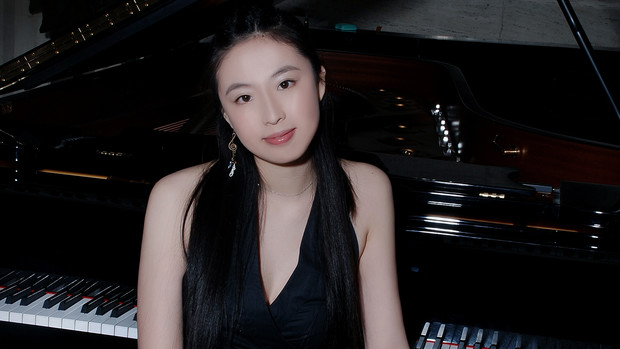 Yanbing Dong was among winners of an international competition and will perform Dec. 13 in the Royal Albert Hall in London.