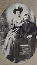Gert and Bert Snyder, 1903.